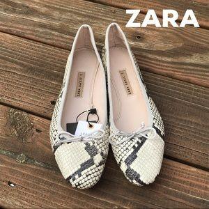 NWT ZARA Leather Snake Skin Print Flats